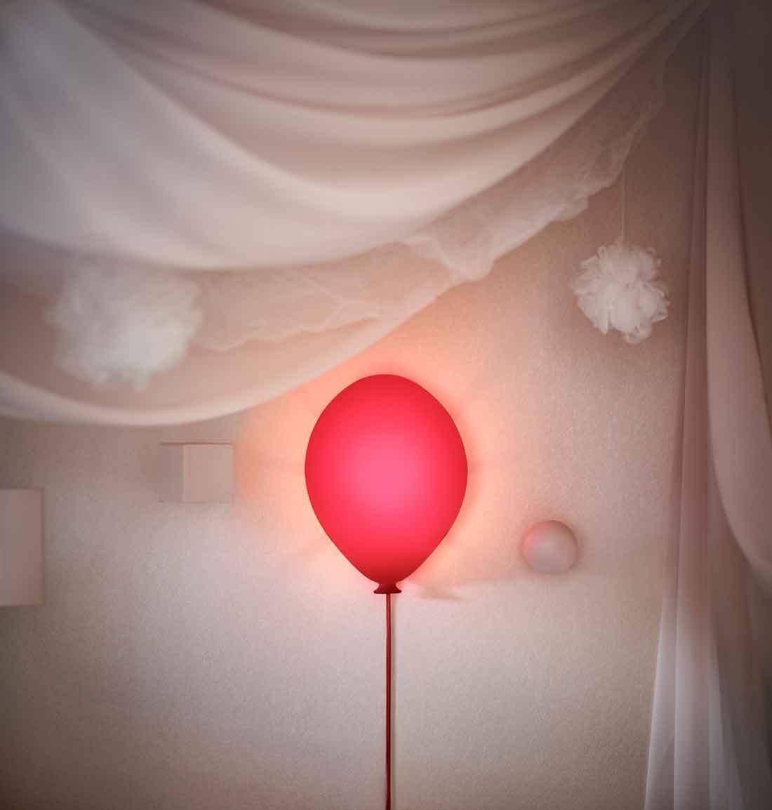 Flyg iväg till drömmarnas land med en ballong (från IKEA
